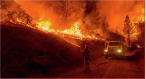 La Californie en flamme le 11 novembre 2018 (Photo AFP 2018 Josh Edelson)